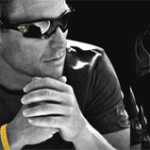 Oakley präsentiert LIVESTRONG™ SPECIAL EDITION